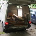 Натоварени мебели