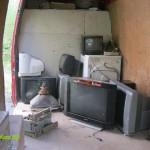 Извозване на техника от ТВ сервиз